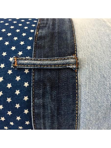Coussin en jean n°2